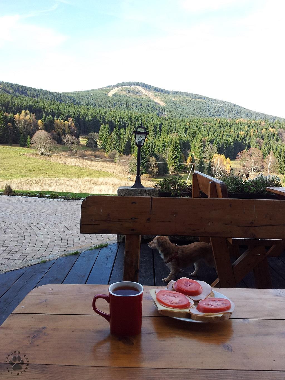 śniadanie pod Czarną Górą